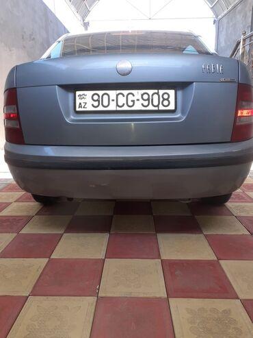 Avtomobillər - Gəncə: Skoda Fabia 1.4 l. 2002 | 404859 km