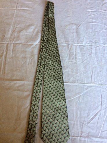 Original Hugo Boss kravata iz Italije
