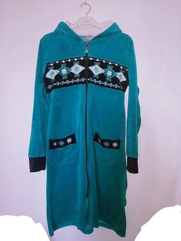 Женская одежда в Кызыл-Кия: СУПЕР ТЕПЛЫЙ ХАЛАТ ТОРГ УМЕСТЕН