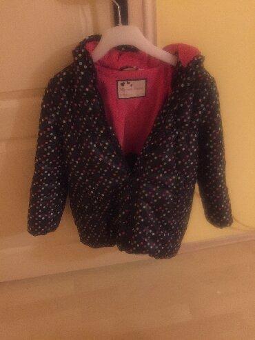Zenska decija - Srbija: Decija zenska jaknica, bez malo nije ni nosena, kao nova