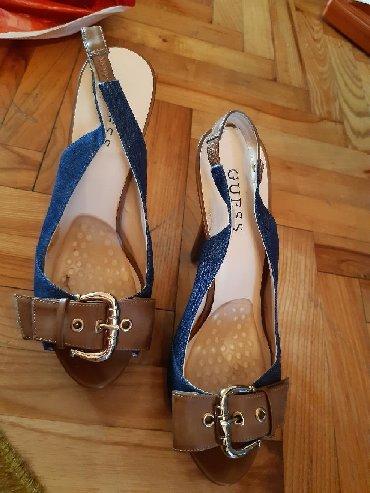 Ženska obuća   Vrbas: Guess sandale, dužina gazišta 24.5cm. Odlično stanje