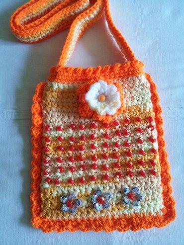 Продаю вязаные сумочки для девочек, можно под мобильный.. Ручная в Бишкек - фото 3