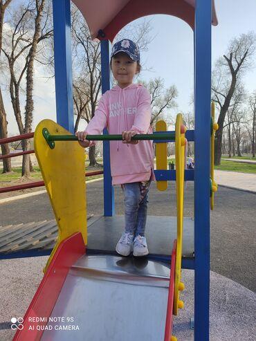 скупка одежды бишкек в Кыргызстан: Классная худи для девочки качество не скатываетсясвой свет не теряет