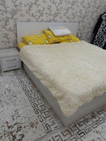 шкаф для посуды в Кыргызстан: Очень срочно!Продаю спальный Гарнитур. Пользовались 3 месяца. За пол