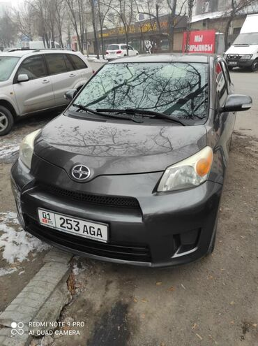 Toyota ist 1.8 л. 2010 | 125 км