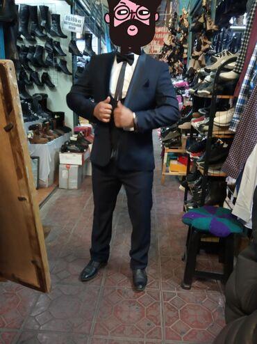 Продаю свадебный костюм 4000 тысяч только один раз одевал +чехол на