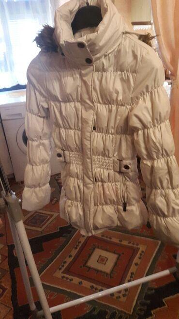 Prelepa zenska jakna M