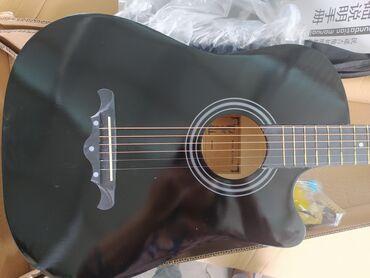 Музыкальные инструменты - Кыргызстан: Гитара акустическая 38 размер и 41 с полной комплектацией, кападастр