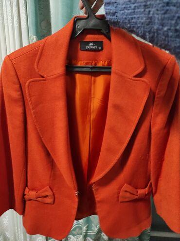 Продаю пиджак. Размер xs. Цвет оранжевый. Цена 1000сом
