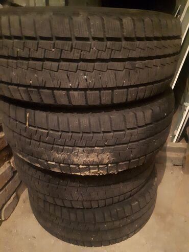 шины 205 55 r16 зима в Кыргызстан: Продаю зимние шина размер 205/55 R16