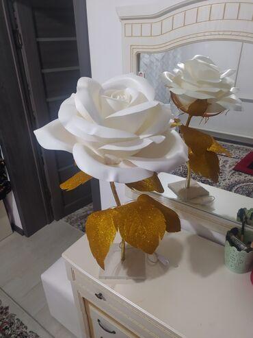 Декор для дома - Кыргызстан: Продаю торшер светильник. Ростовый цветок сделан из изолона. Выглядит