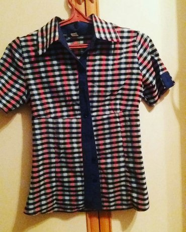 Рубашка размер 42-44 сост хор цена300 в Бишкек