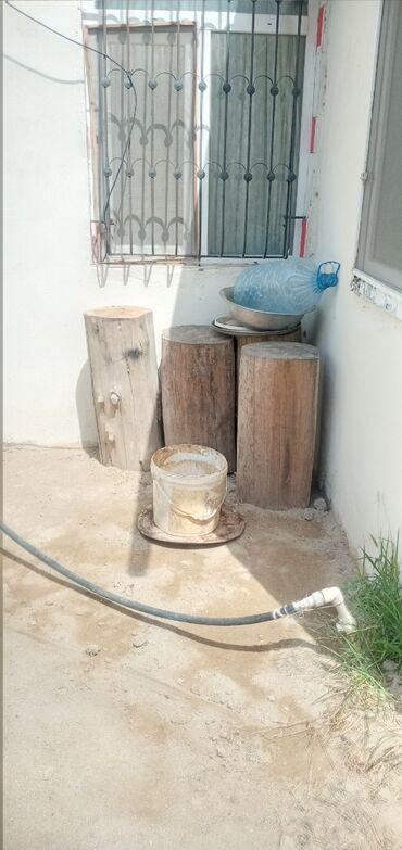 Kömür, odun - Azərbaycan: Kötüklər satılır qəssab və ya başqa bir dizayn işi üçün qurudurlar