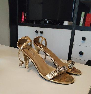 Ženska obuća | Plandište: Sandale kupljene u Parizu, obuvene samo jednom za maturu.Visina štikle