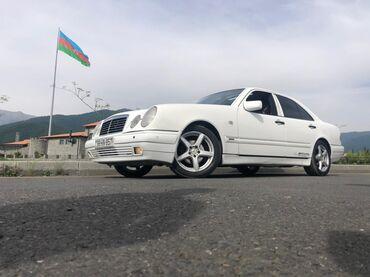Mercedes-Benz E 240 2.4 l. 1998 | 313000 km