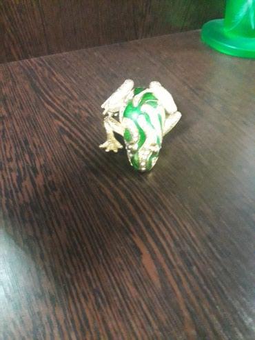 Wkatulka qurbaga, hediyelik chox gozeldir, demirdendir qawlidir