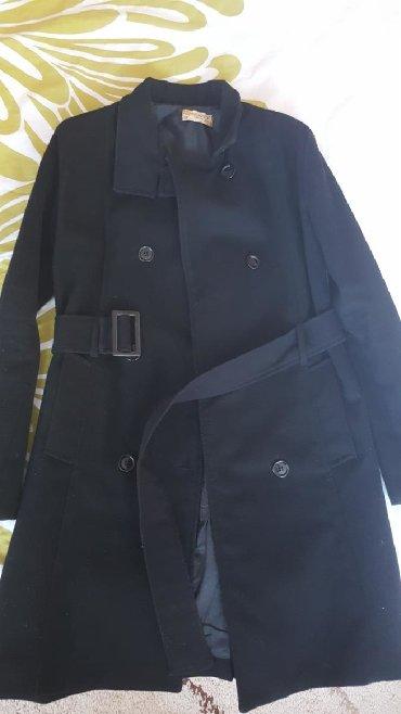 Crni kaput - Srbija: Crni kaput do kolena u očuvanom stanju