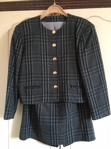 Runske vune - Srbija: Očuvan komplet suknja i sako od čiste runske vune, postavljeni