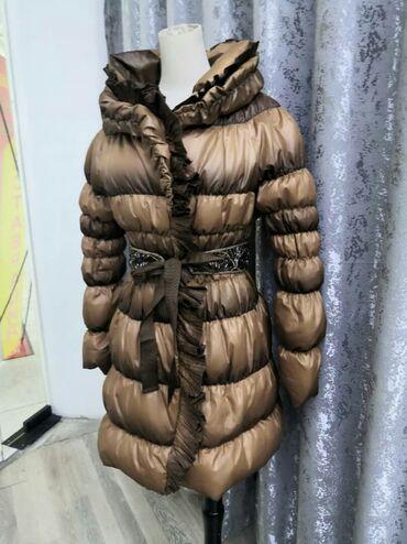 пуховики на зиму в Кыргызстан: Легкий пуховик . Пух натуральный. Без пояса