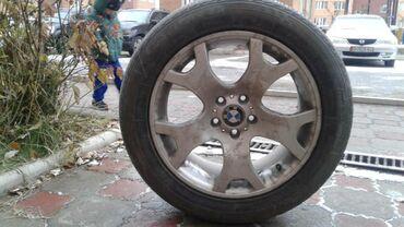 bmw m3 23 kat в Кыргызстан: Продаю диски шинами разно широкие. На BMW