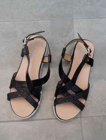 NOVE sandale broj 36