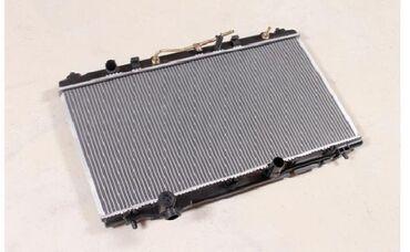 Авто запчасти на Camry 40-45    Радиатор охлаждения новый (2,4l) на To