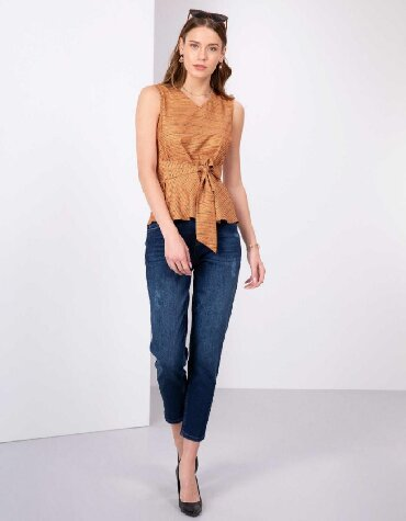 женские джинсы армани в Кыргызстан: Женские джинсы Pierre Cardin