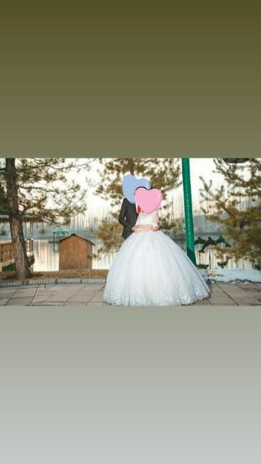 Продаю свадебное платье. Или же отдам на прокат на рост 150-170