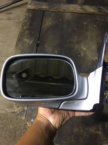 Продаю зеркало левая Тойота калдина 2003 год