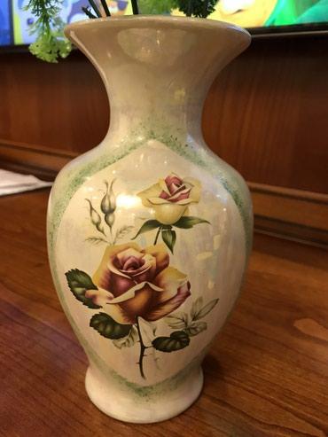 Антикварные вазы в Кыргызстан: Очень красивая старинная ваза! Ручная роспись! Дулево!Высота 22 см