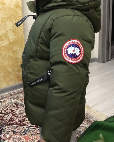 вешалка для верхней одежды бишкек в Кыргызстан: Куртка зимняя на мальчика 4 лет. В отличном состоянии 1000сом