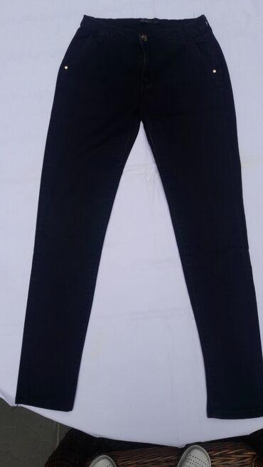 Zenske pantalone crne - Srbija: Zenske crne pantalone velicina S u odlicnom stanju