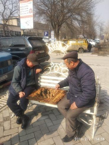 Скамейки кованные и деревянные под в Бишкек