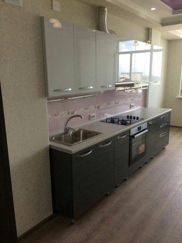 Встроенные кухонные гарнитуры. шкафы купе.кровати.и тд.качественно на  в Бишкек