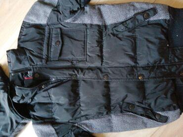 Ski jakna - Srbija: Dečija jakna br. 14 skida se kapuljača dobro stanje