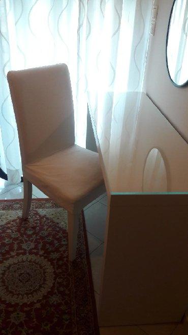 Τουαλέτα(γραφείο)κρεβατοκάμαρας με αποθηκευτικό χώρο