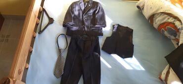 Svecane pantalone - Srbija: Svecano odelo za decaka, velicina odgovara uzrastu od 12-15 meseci