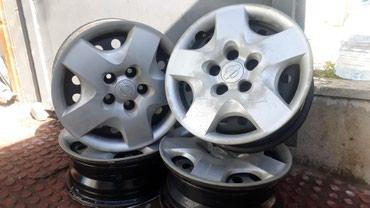 Bakı şəhərində Nissan Xtrail diskileri.15 olcu.Ela veziyyetde.