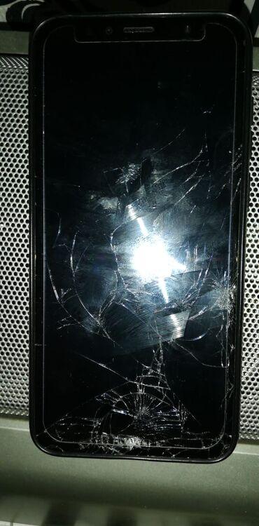 Huawei Y6 2018 sensor çatlayib ekran salamatdir problemsizdir tək sens