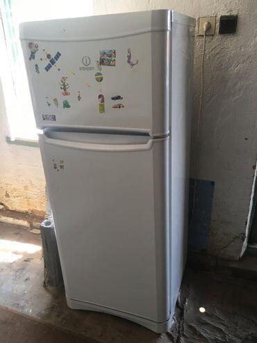 прием-холодильников в Кыргызстан: Продаётся холодильник б/у состояние очень хорошое Indesit, 1камерное