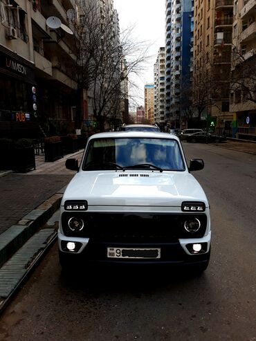Avtomobillər - Azərbaycan: VAZ (LADA) 4x4 Niva 1.7 l. 2014 | 91000 km
