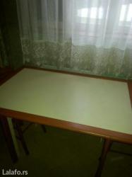 Nameštaj - Paracin: Trepezarijski sto. Kombibacija boje tresnje i bez mediapana