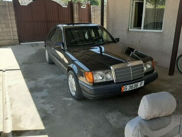 Mercedes-Benz W124 1990 | 11111 км