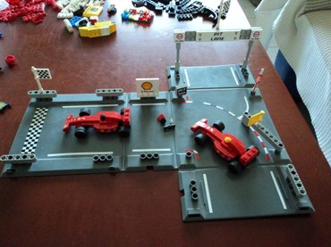 Lego 8123 Racers Ferrari F1 Racers Used 100% complete with original σε North & East Suburbs
