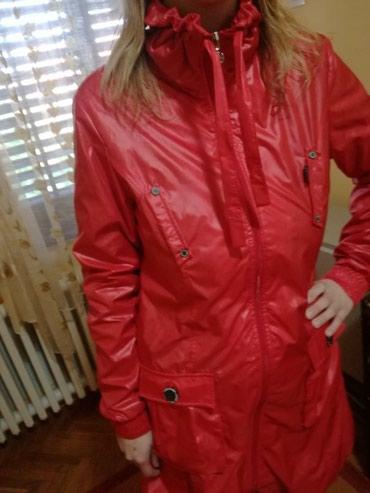 Nova markirana jakna,nije nosena,dobijena za poklon.M - Zrenjanin