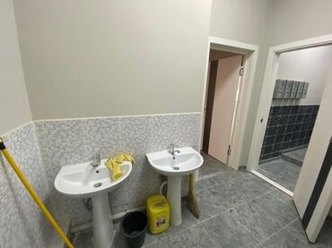 Сдаю помещение на Рыскулова/Тоголок Молдо58,6 кв м 3-этажПод офис 500$