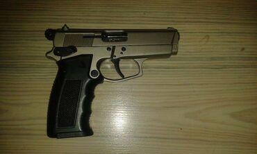 Pistolj - Srbija: Startni pistolji 9mmAkcija cela opalaCena je 4000 din Uz njih dobijate