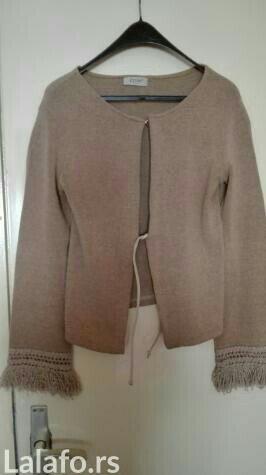 Bluza sa resicama na rukavima, standardna velicina - Nis