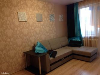 - Azərbaycan: Gunluk kiraye evler. Seherin merkezinde xarici qonaqlar ve aileliler