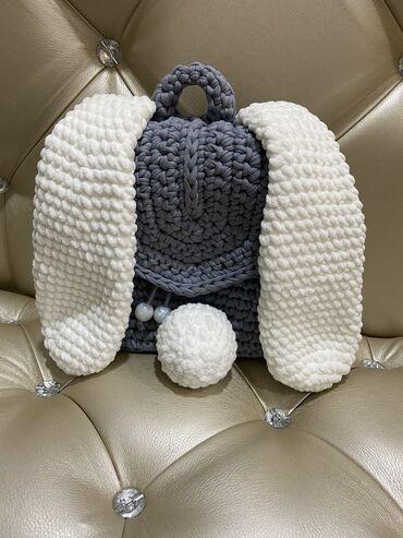 Детский рюкзак из трикотажной пряжи ручной работы (декорирован ушками